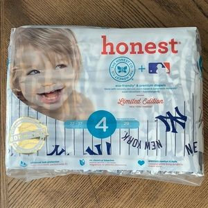 The Honest Company Diapers Size 4 - 29 Count